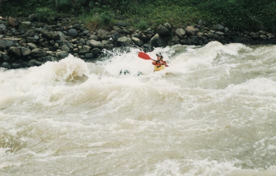 Kayaking di Serayu