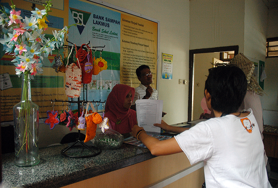 Counter Bank Sampah