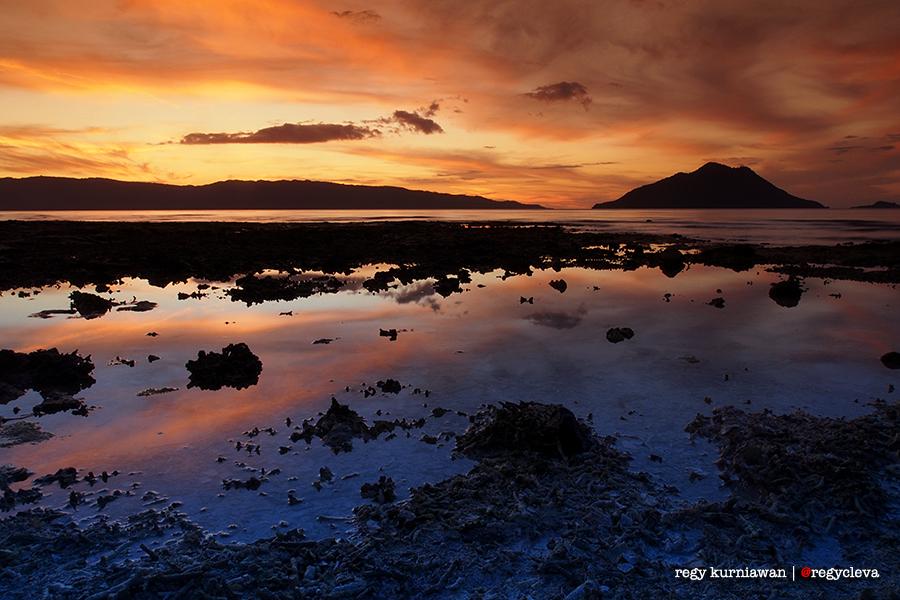 Senja dari pulau Kepa. Setiap sore. SETIAP SORE SEPERTI INI.
